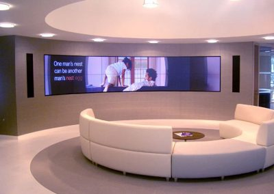 Imagine-Homes-Curved-Video-Wall